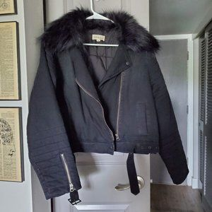 NWOT Cloth and Stone Black Faux Fur Collar Jacket